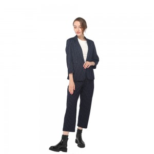2020 modern milano stripe pants with adjustable button and side pockets women wholesale