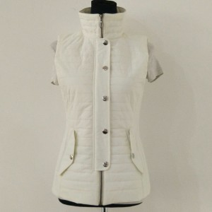 Custom washable puffer vest manufacturer ODM OEM good quality light weight women padded jacket without sleeve