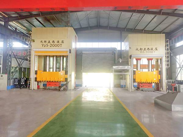 1000T and 2000T hydraulic press for SMC