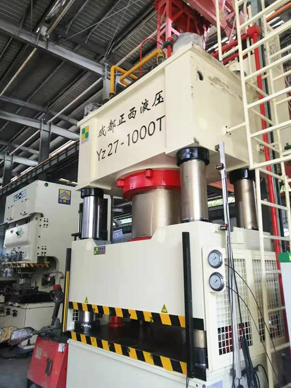 1000T cold forging machine