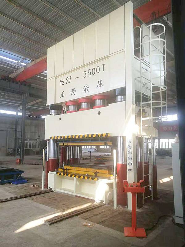 3500T 4 column deep drawing machine