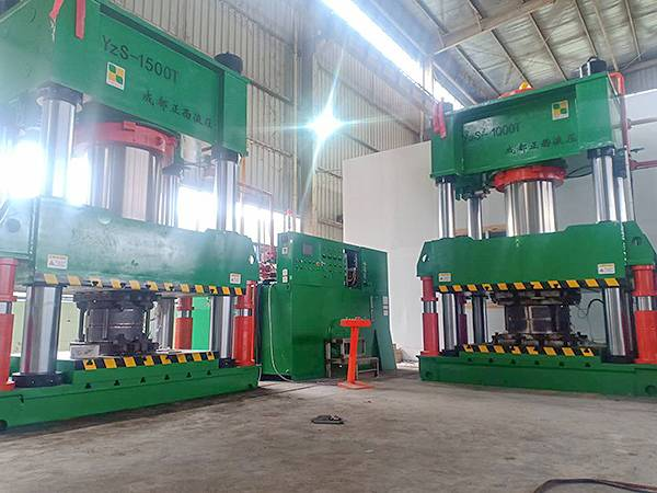4 column 1000T and 1500T composite molding machine