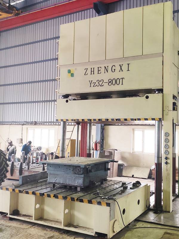 800T hydraulic press for deep drawing