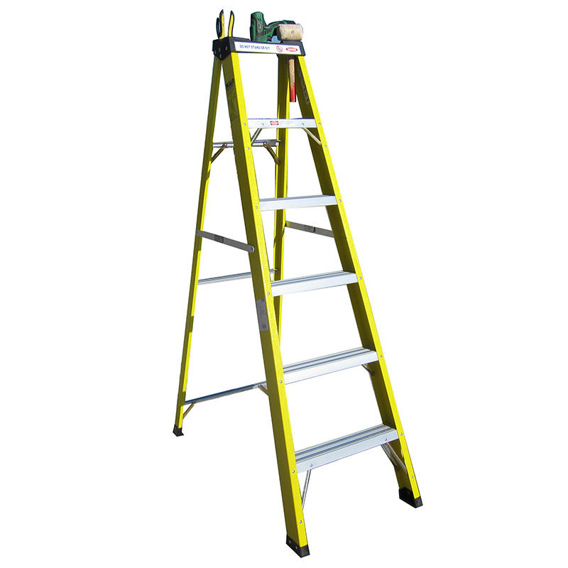 300 lb load capacity high quality fiberglass triangle fiberglass step ladder