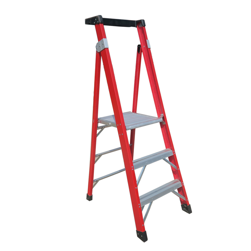 300lb load capacity fiberglass step ladder FGHP103S
