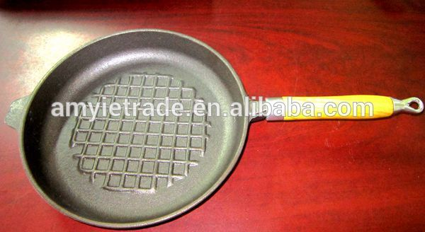 Factory wholesale Stainless Steel Kitchen Utensil Set - Cast Iron Waffle Pan with Wood Handle – Amy