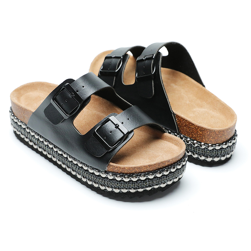 Chinese wholesale China Men Outdoor Desinger Slippers with Buckles Featured Image