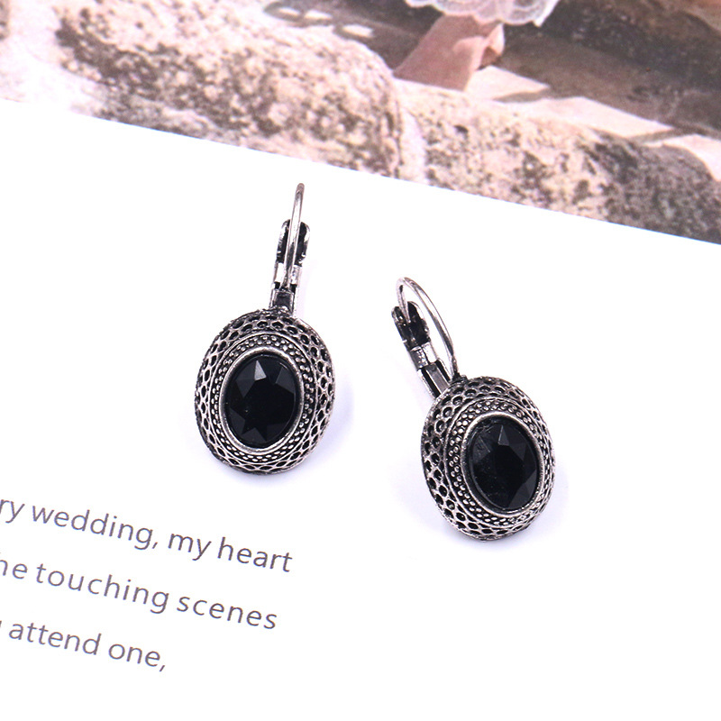 New Arrival China Wooden Earrings - Vintage Statement Earrings Round Shape  Black Gem Retro Clip-on Earrings E210 – Sybon detail pictures