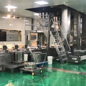 Fast food ready meals tray packing machine with multihead weigher