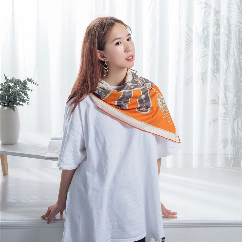 New Arrival China Digital Print Scarves - Screen print silk scarf  – Wonderful Textile