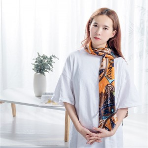 Breathable polyester scarf
