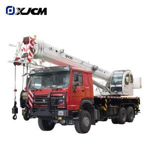 6X6 HOWO chassis all wheel drive off road 25 ton Truck Crane