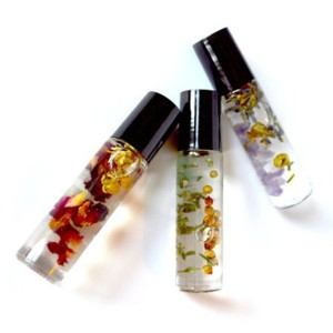 Wholesale Glass Bottle Printing Factory - 10ml Popular Flower Essence Perfume Bottles – Comi
