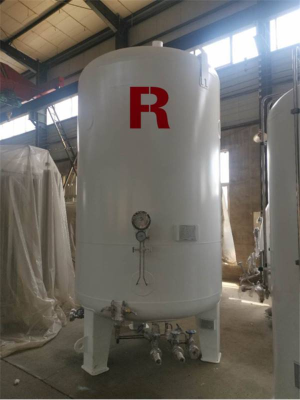 Vertical Storage Tank2266