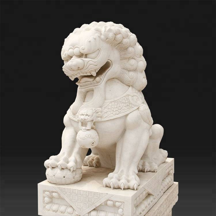white marble lion outdoor stone  sculpture big animal statue