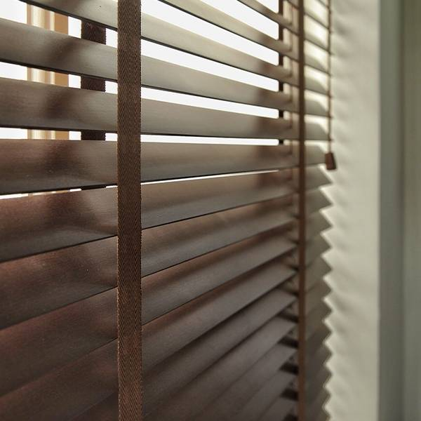 Venetian Blinds detail pictures