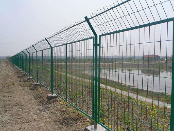 Framework welded fence Featured Image