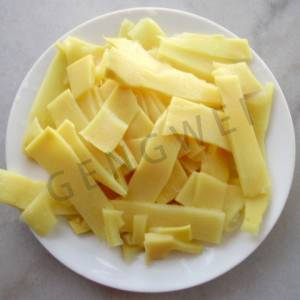 Canned bamboo shoot sliced