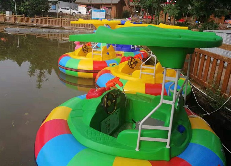 How to choose bumper boat amusement equipment?