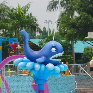 Hot selling fiberglass whale water spray toy