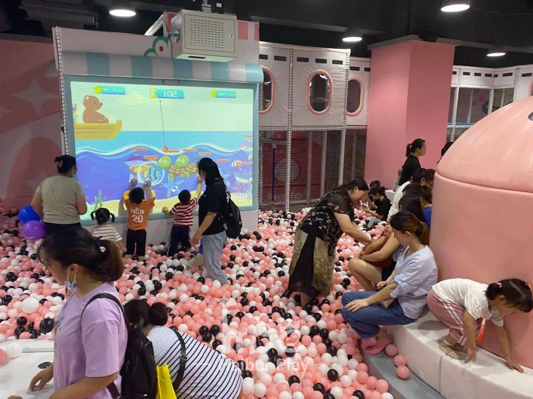 Popular opening scene | Wonderland nanjing store, Sweet fairy tale style, Make you full of vitality!