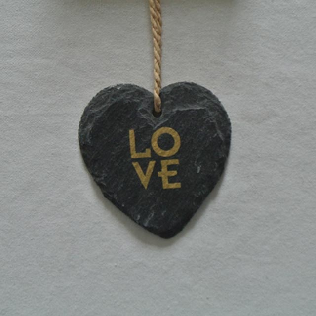 2020 wholesale price Slate Cheese Marker - slate hanging heart shape slate plaque for decoration with gold printing – Harmony