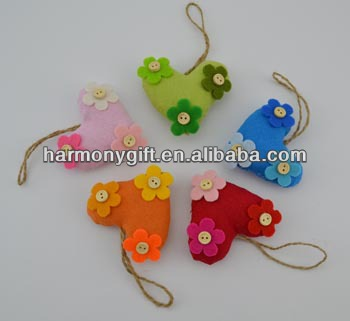 Factory Price For Stone Promotion Items - Item 6810 fabric hearts with flower patchs and buttons, jute rope – Harmony