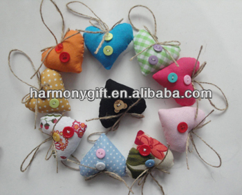 Item 6806 fabric hearts with jute bowknot and button