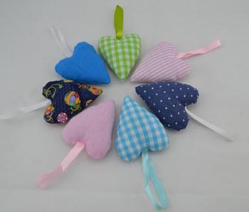 Item 6801 fabric hearts with robbon