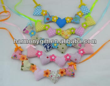 Item 6941 fabric hearts string