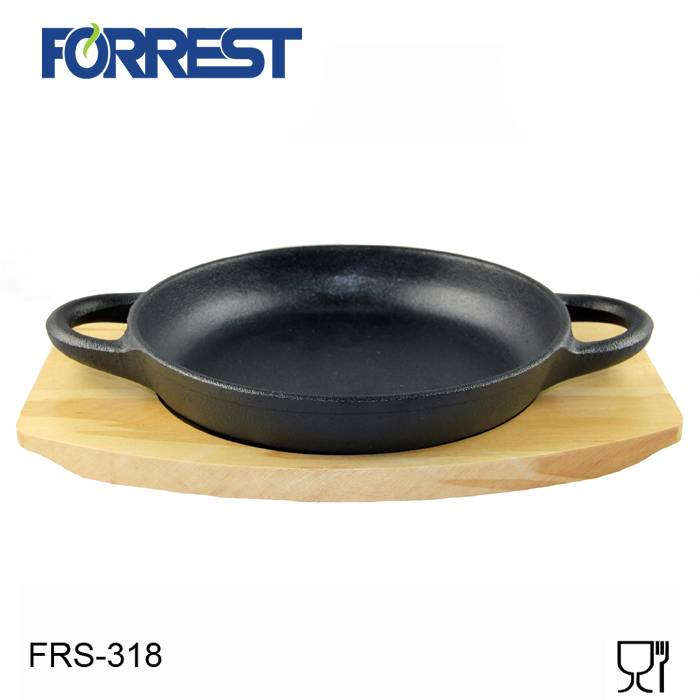 Hot-selling Cast Iron Round Handless Serving Griddle - Cast iron round charcoal grill pans with two handles – Forrest detail pictures