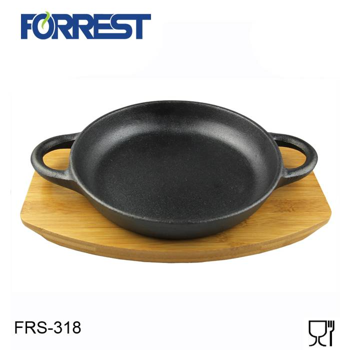 Hot-selling Cast Iron Round Handless Serving Griddle - Cast iron round charcoal grill pans with two handles – Forrest
