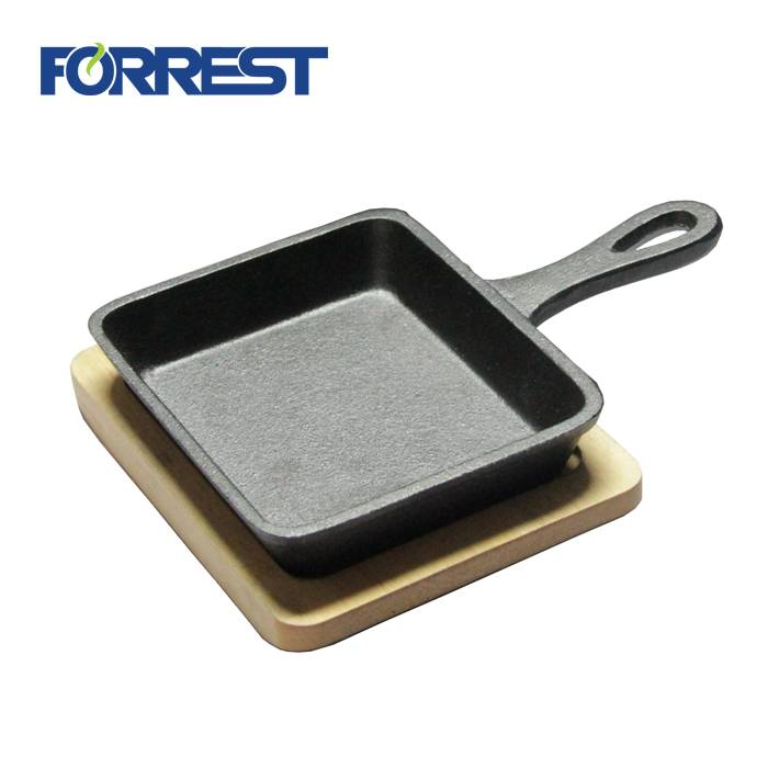 Top Quality Iron Utensils For Cooking - Cast Iron Mini Rectangular frying Skillet Pans With Wooden Tray – Forrest