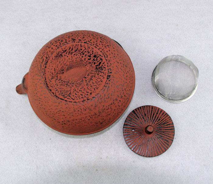 China Factory for Teapot With Infuser - antique cast iron teapot – Forrest