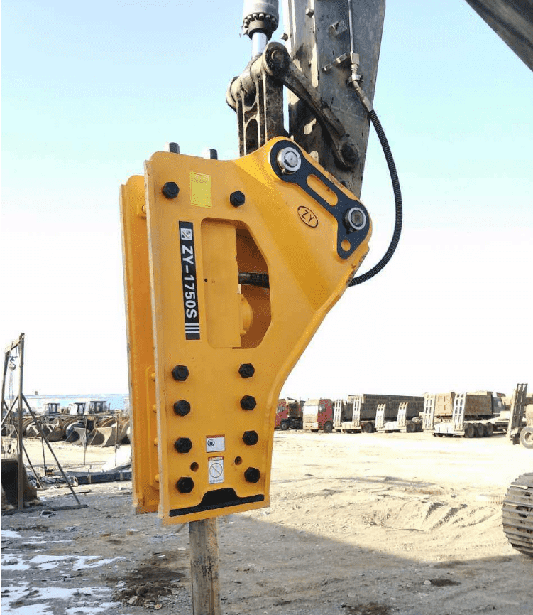 hydraulic breaker  for ZE205E excavator attachment  Soosan hydraulic rock breaker SB81N