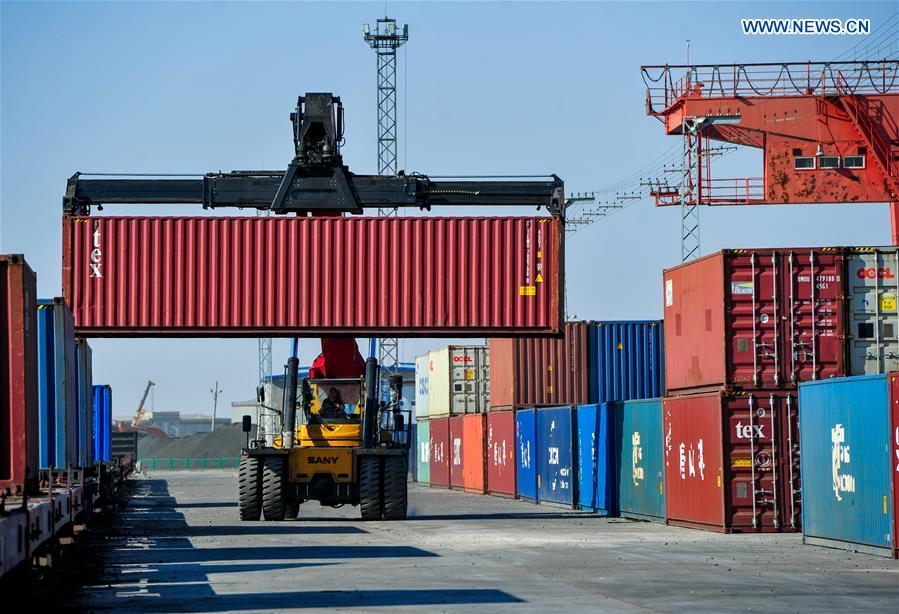 China-Mongolia land port sees robust growth in freight transport