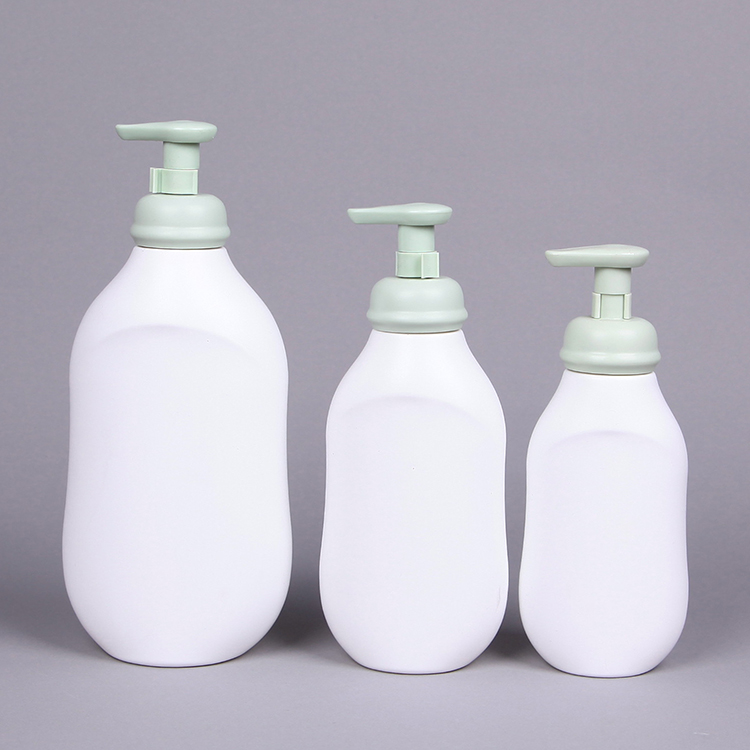 White Solid Pump Spray  HDPE Baby Shampoo Bottle