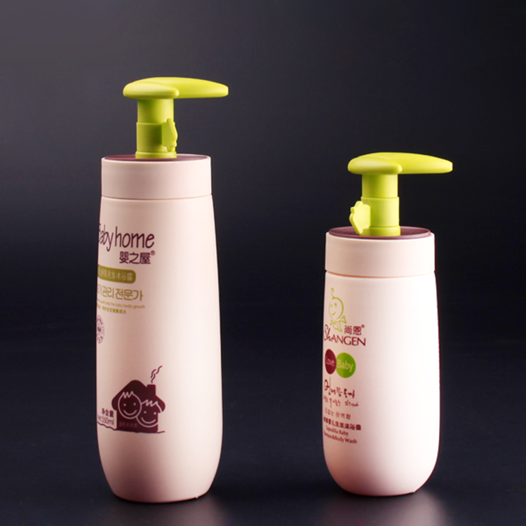 Plant green pump shampoo bottles for kids