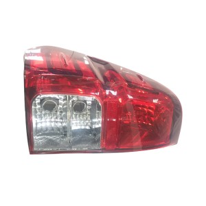 TOYOTA HILUX 2016 TAIL LAMP