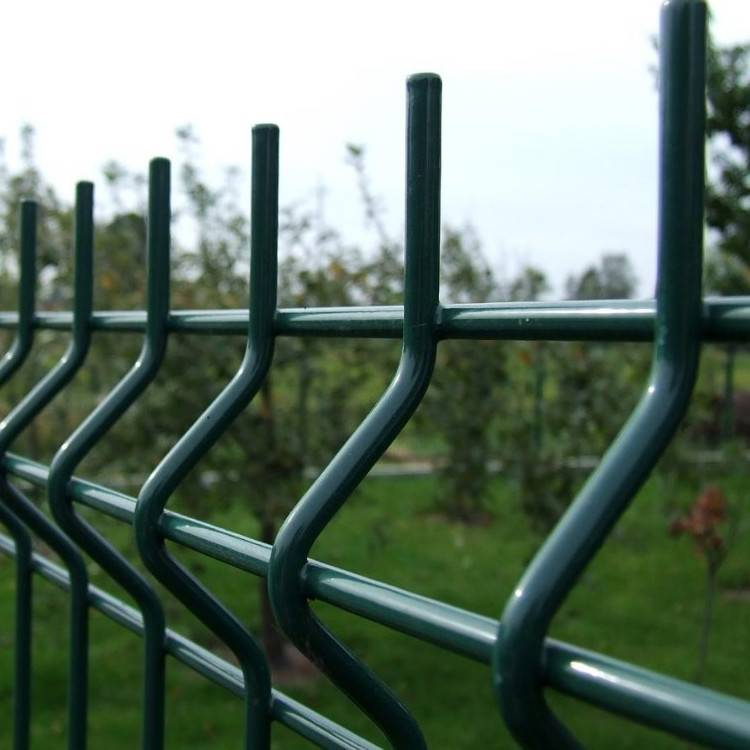 White  Plastic Coated Wire Mesh Fence