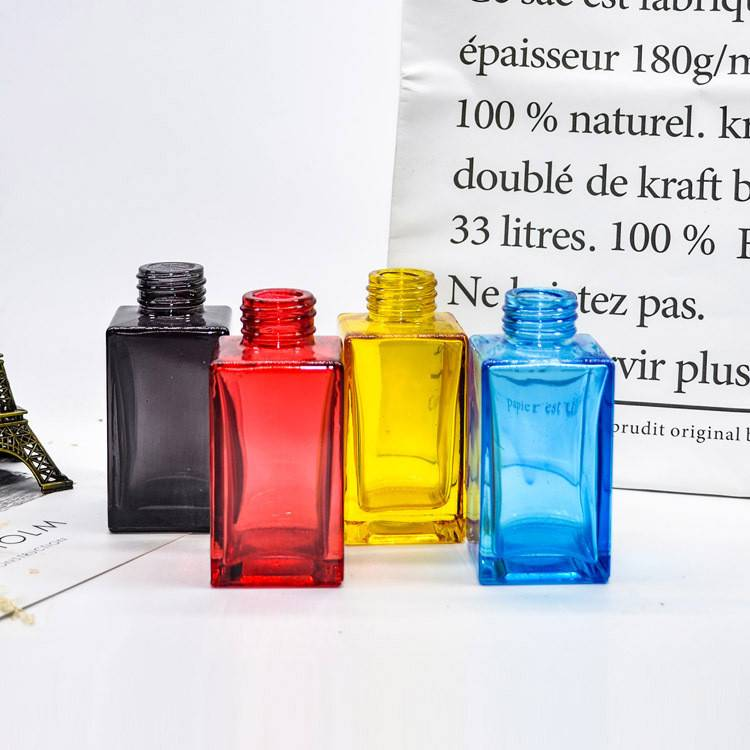 wholesale Colorful reed diffuser decorative bottles with different cork collar Featured Image