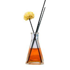 Factory Manufacture Cheap 100ml Reed Diffuser bottle glass blowing with extreme decorative reeds home fragrance diffuser