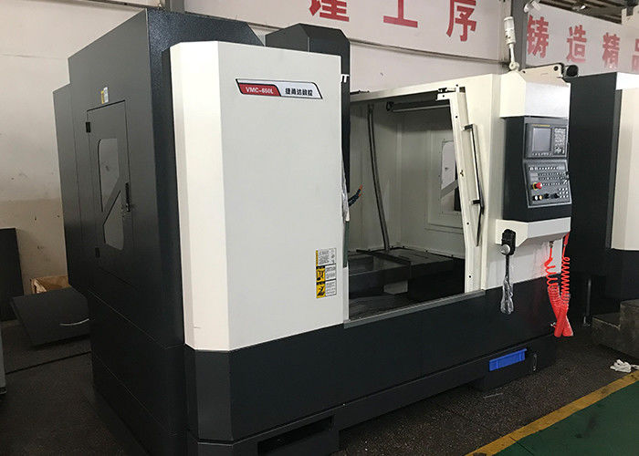 3 Axis Linear Way Vertical CNC Machine  BT40 45° S  Rivet Model VMC657L3