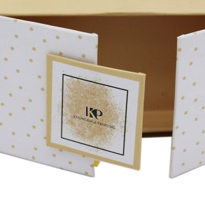 White Gatefold Box For Eyelashes