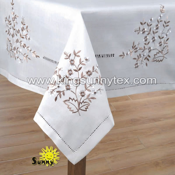 DES.12 Flower Embroidery Traditional Home Decoration For Table