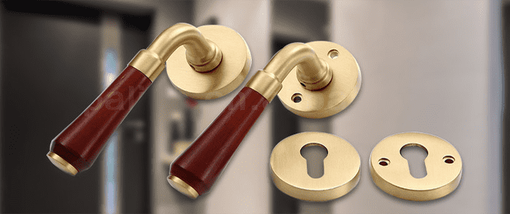 /european-style-home-hardware-furniture-antique-brass-hotel-interior-door-mortise-key-lock-lever-handle-set-product/