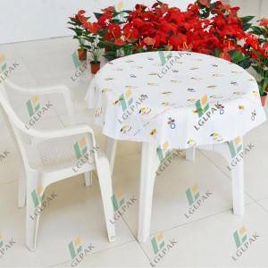 Disposable round plastic table cloth