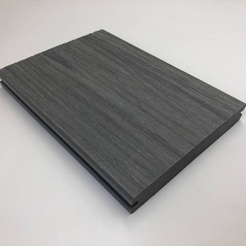 Eco-friendly Wood Composite Co-extrusion WPC Decking