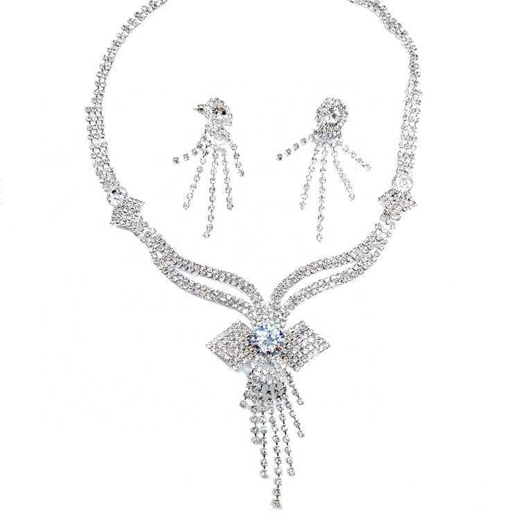 Wholesale fashion women 2019 newest italy design rhinestones chain necklace silver