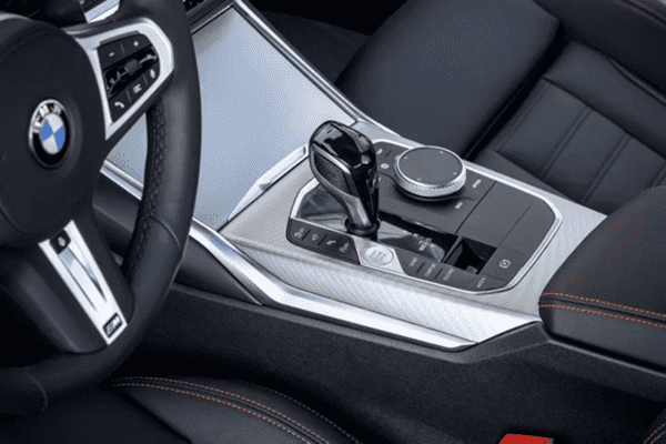 The new BMW 3 Series upper body crystal gear lever?